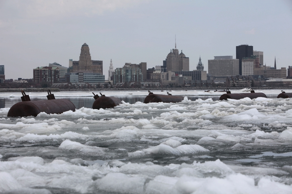 ice in niagara river