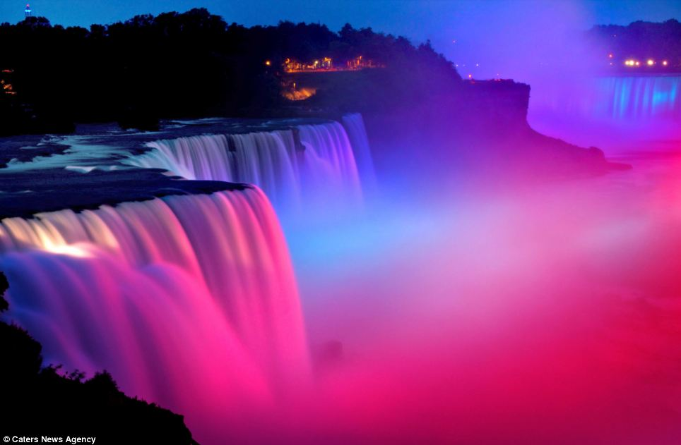 niagara falls in french flag colors