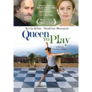 queen-to-play